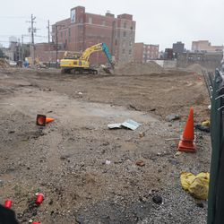 Another view of the former Salt & Pepper, Goose Island Brewery, Mullens, and Red Ivy, on Clark Street