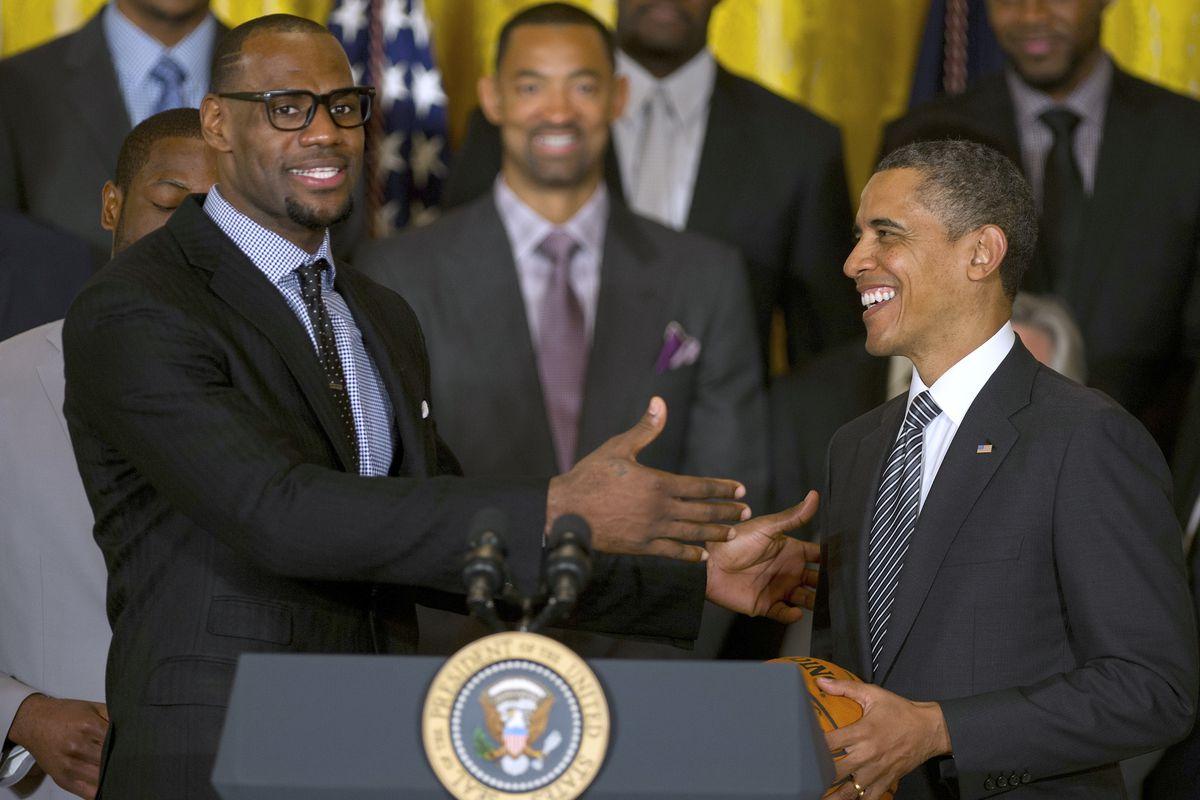US-POLITICS-NBA-OBAMA-HEAT