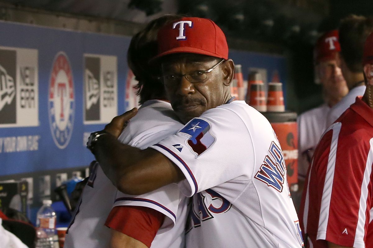 What's better than being tendered by the Texas Rangers? A hug from Ron Washington