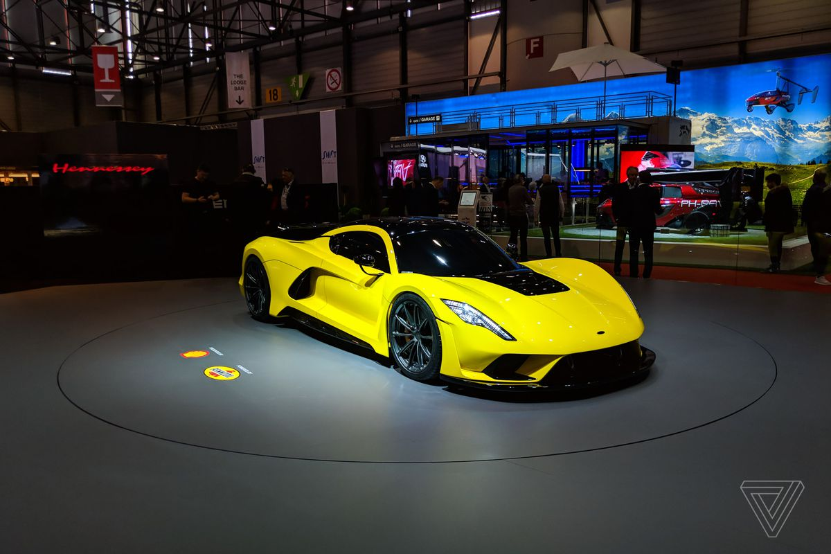 Hennesseys Venom F Could Be The First Road Car To Break Miles - Car show display stand for sale