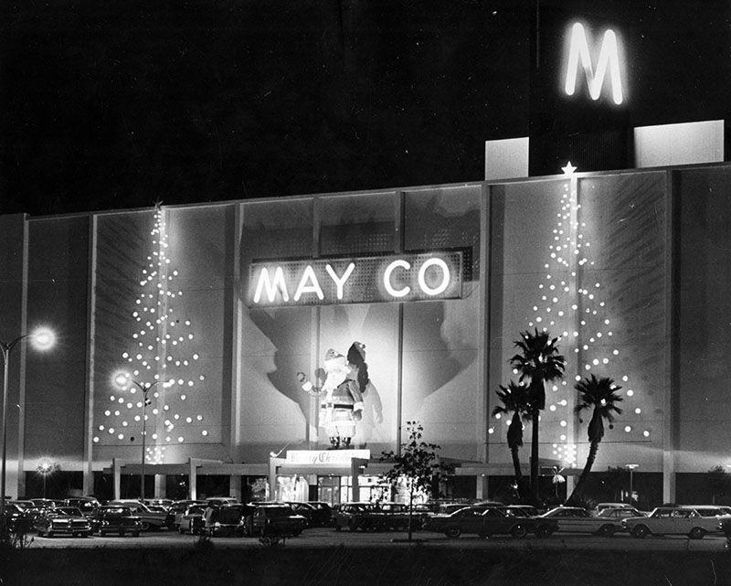Santa at May Company building, North Hollywood, 1964