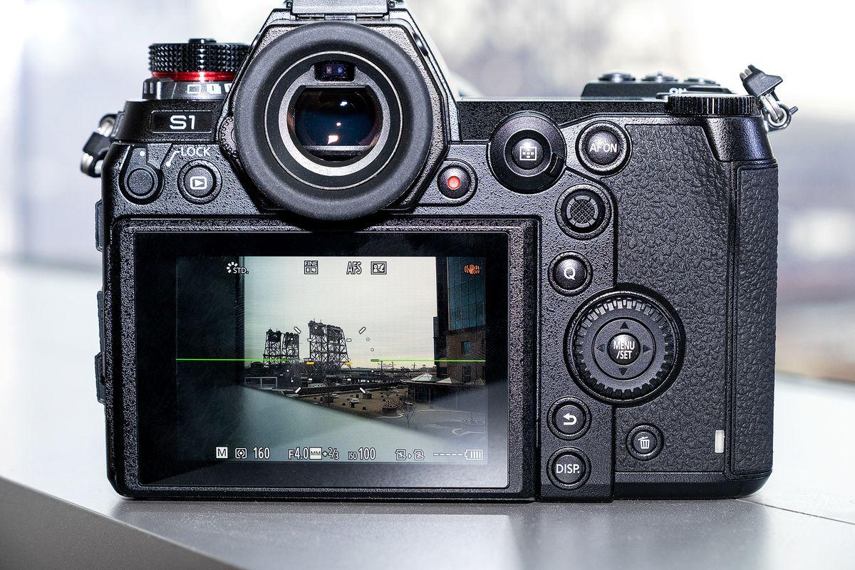 Panasonic Lumix S1 review: the mirrorless heavyweight - The