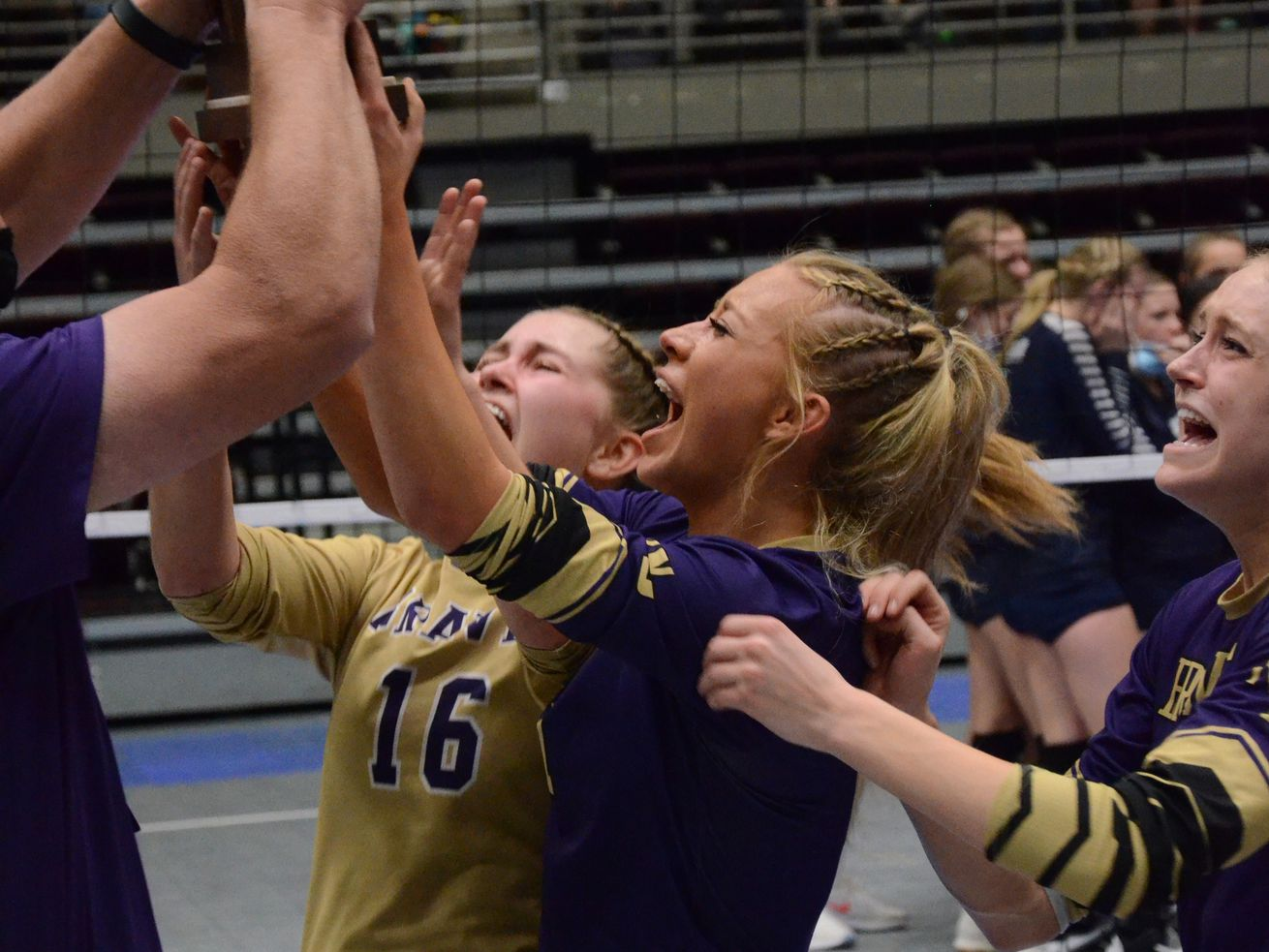 High school volleyball: North Summit nabs second 2A state title in 3 years
