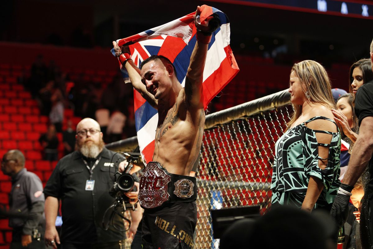 UFC/MMA 'Fighter of the Year' ...