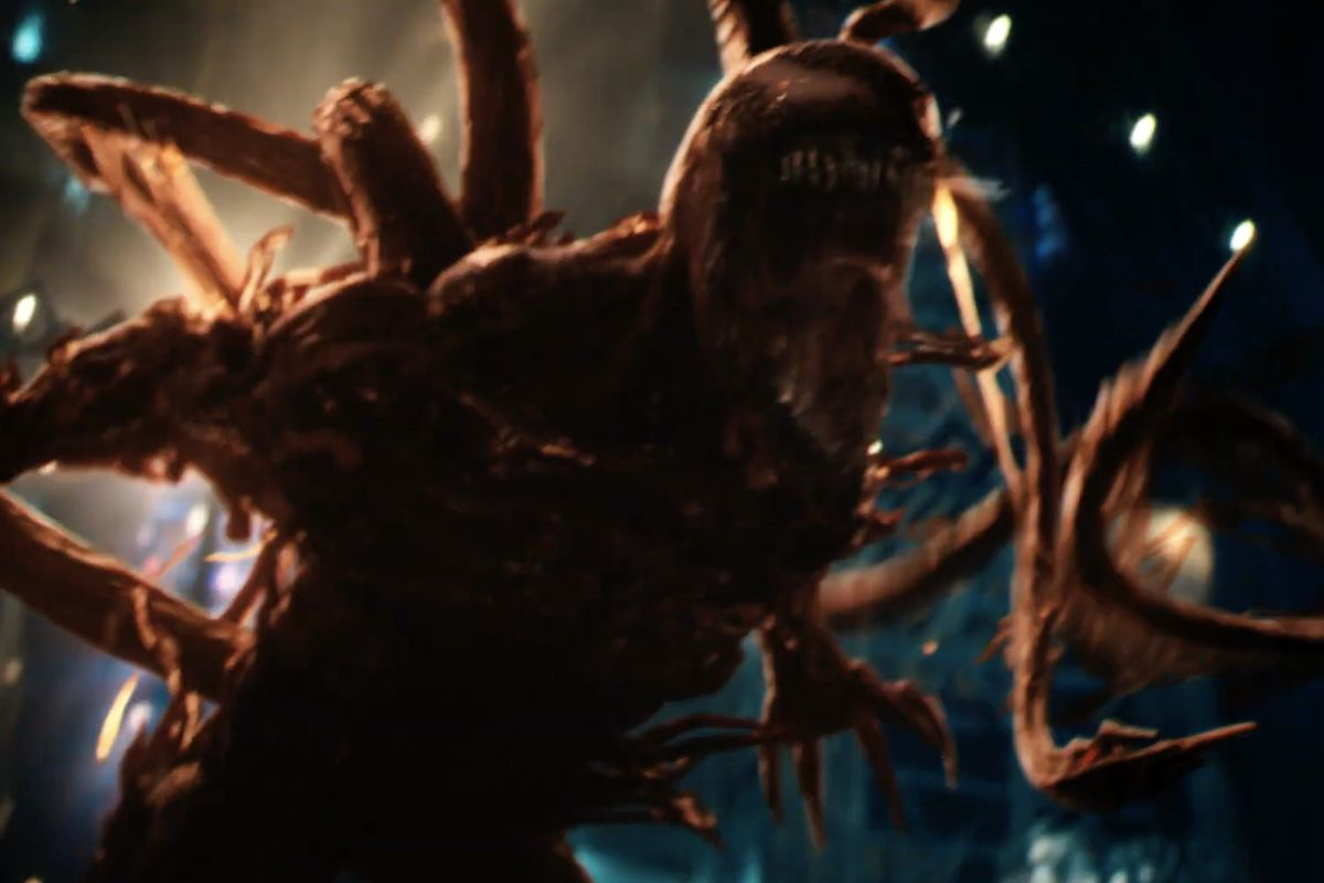 The symbiote Carnage roars with tentacles drawn in Venom: Let There Be Carnage,
