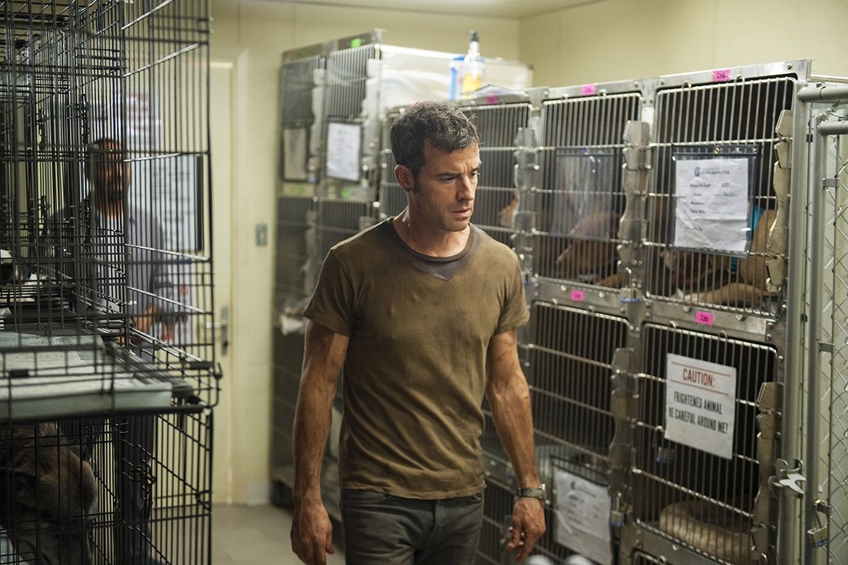 Justin Theroux plays Kevin Garvey in The Leftovers.