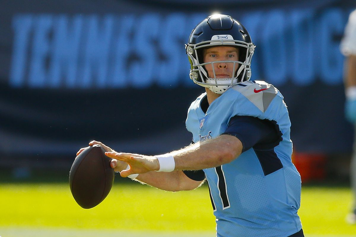 Quarterback Ryan Tannehill #17 of the Tennessee Titans plays against the Chicago Bears at Nissan Stadium on November 08, 2020 in Nashville, Tennessee.