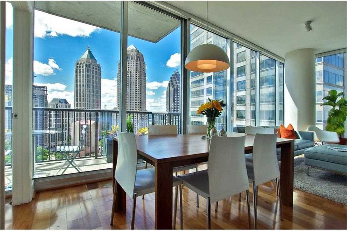 A condo for sale at the 1010 Midtown tower in Atlanta for $618,000.