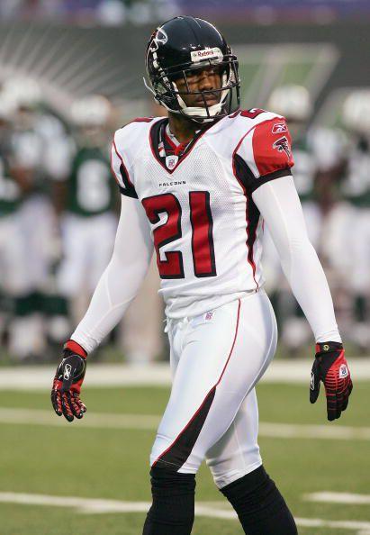 Falcons Uniform History Deion Sandersi Mean 21 The Falcoholic