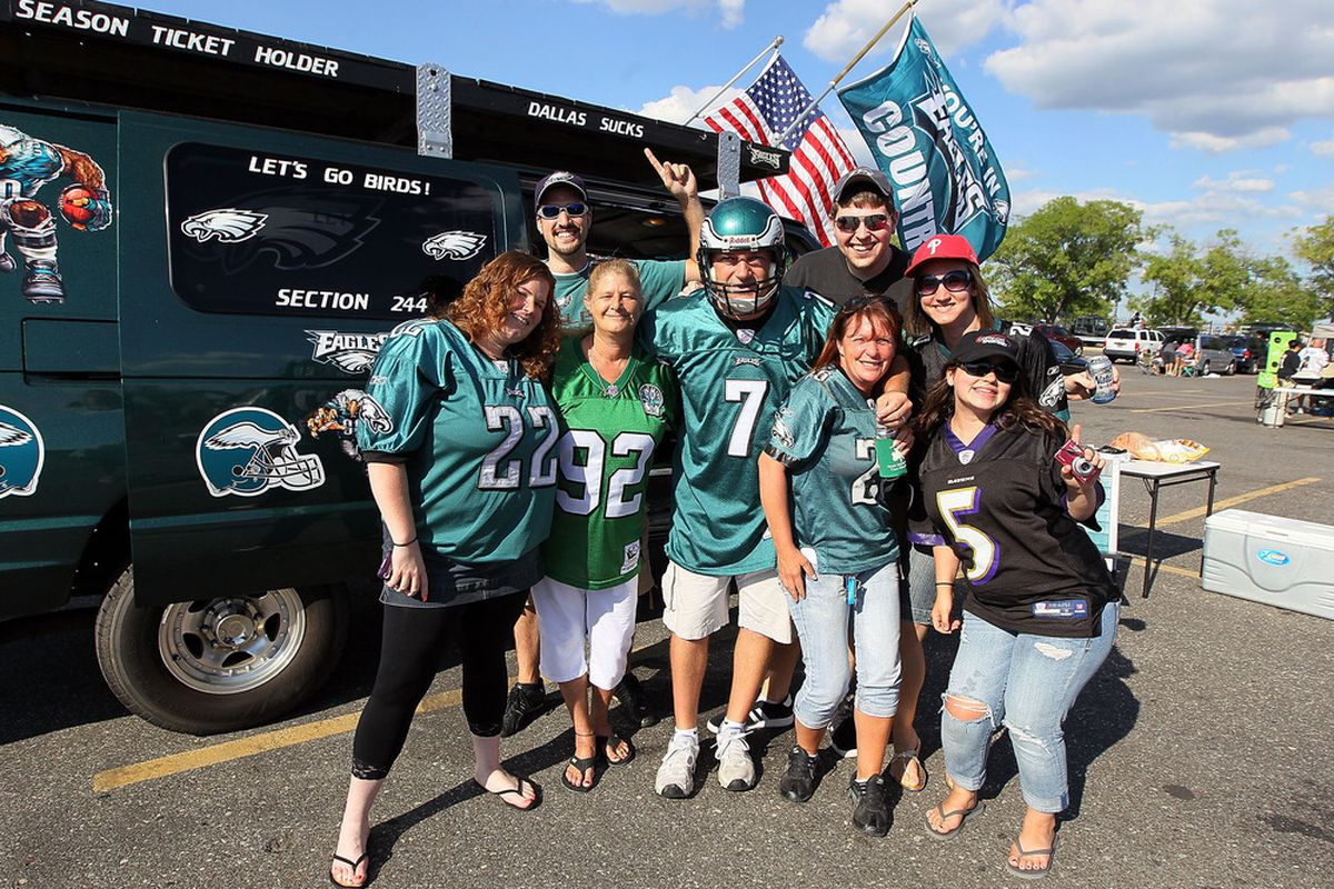 PHILADELPHIA, PA - AUGUST 11:  Fans get fired up before the pre season game between the Philadelphia Eagles and the Baltimore Ravens on August 11, 2011 at Lincoln Financial Field in Philadelphia, Pennsylvania.  (Photo by Jim McIsaac/Getty Images)