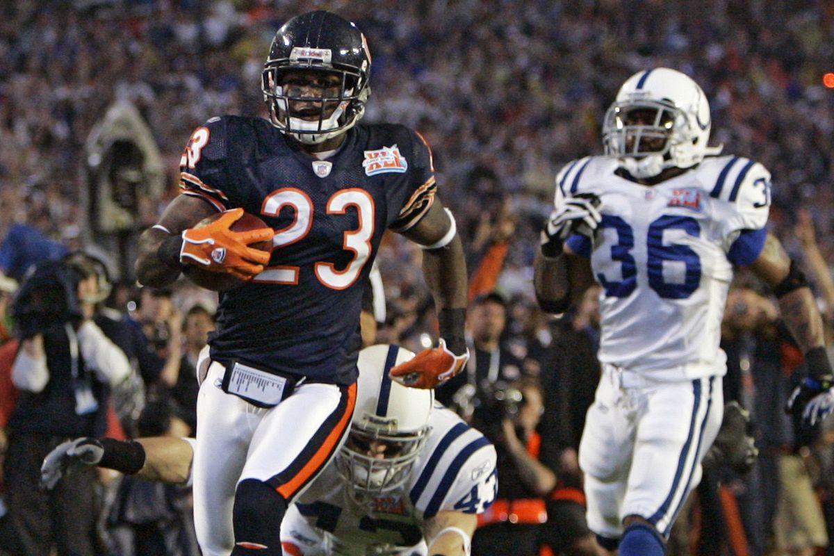 Bears kick returner Devin Hester electrified the crowd at Super Bowl XLI when he returned the opening kickoff 92 yards for a touchdown —still the only touchdown on the opening kickoff in Super Bowl history.