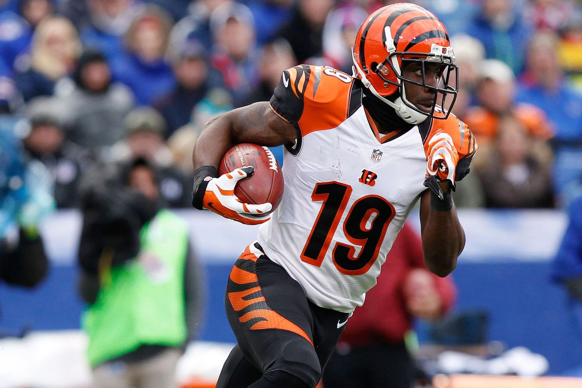 Bengals re-signing Brandon Tate reeks of security and use of ...