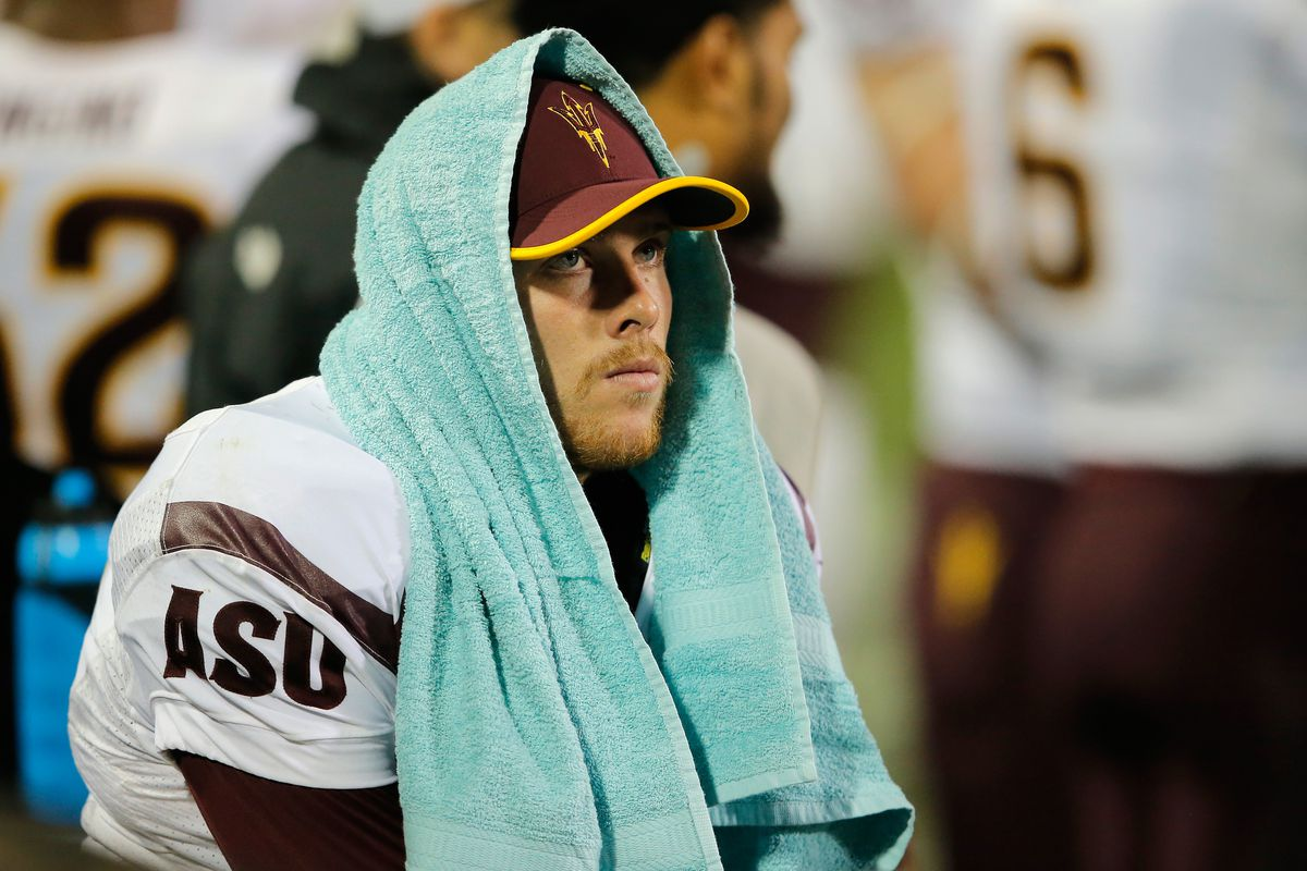 Has the injury bug started to hit PAC 12 QBs?