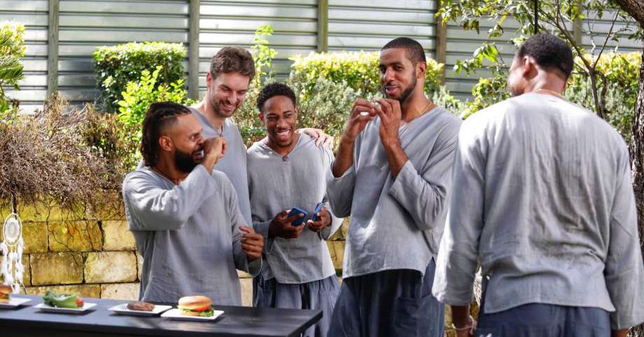 Behold the Spurs? new HEB commercials
