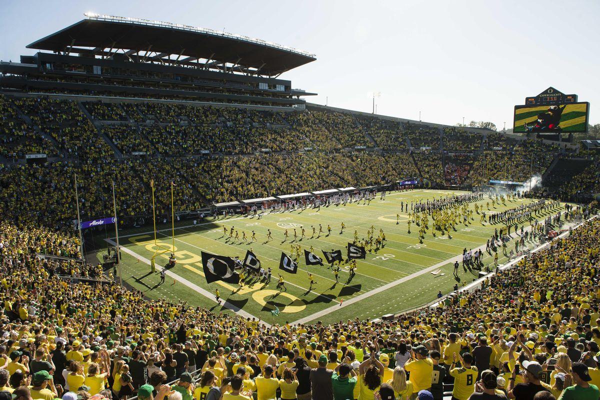 NCAA Football: Bowling Green at Oregon