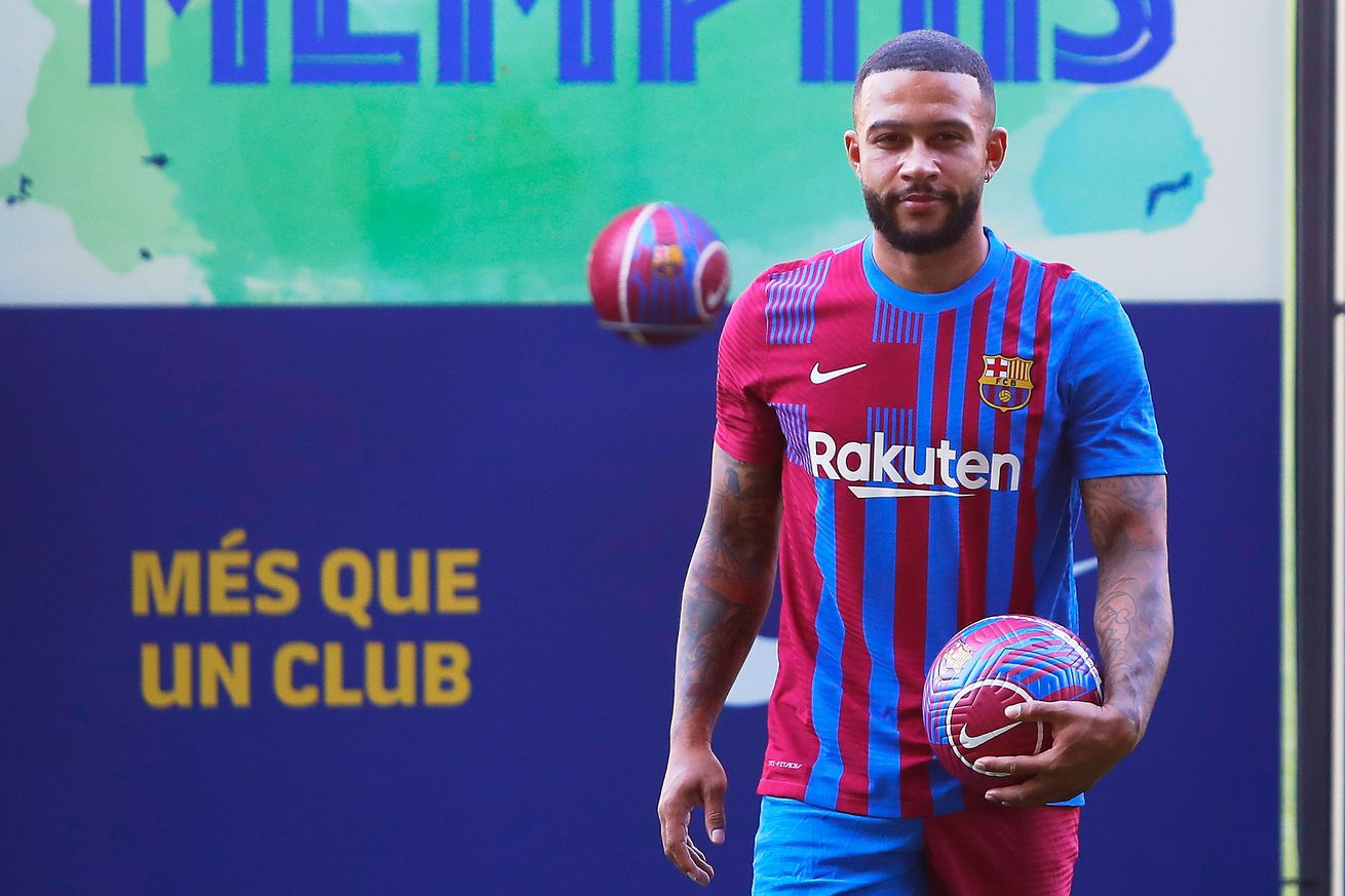 Memphis Depay can?t wait to play with Messi at Barcelona