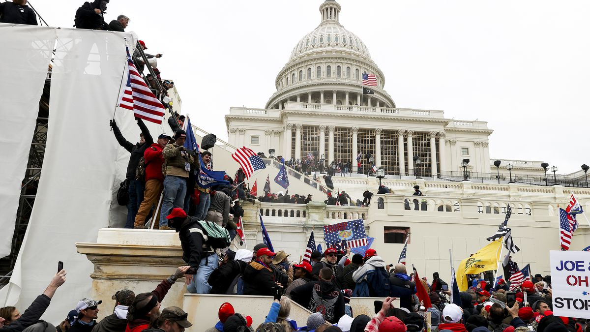 Photos: Trump supporters storm US Capitol in protest of election  certification - Vox