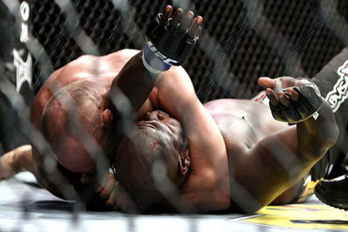 "Randy Couture def. James Toney via Arm-Triangle Choke, photo via Tracy Lee, <a href=""http://www.cagewriter.com"" target=""new"">Yahoo! Sports</a>"
