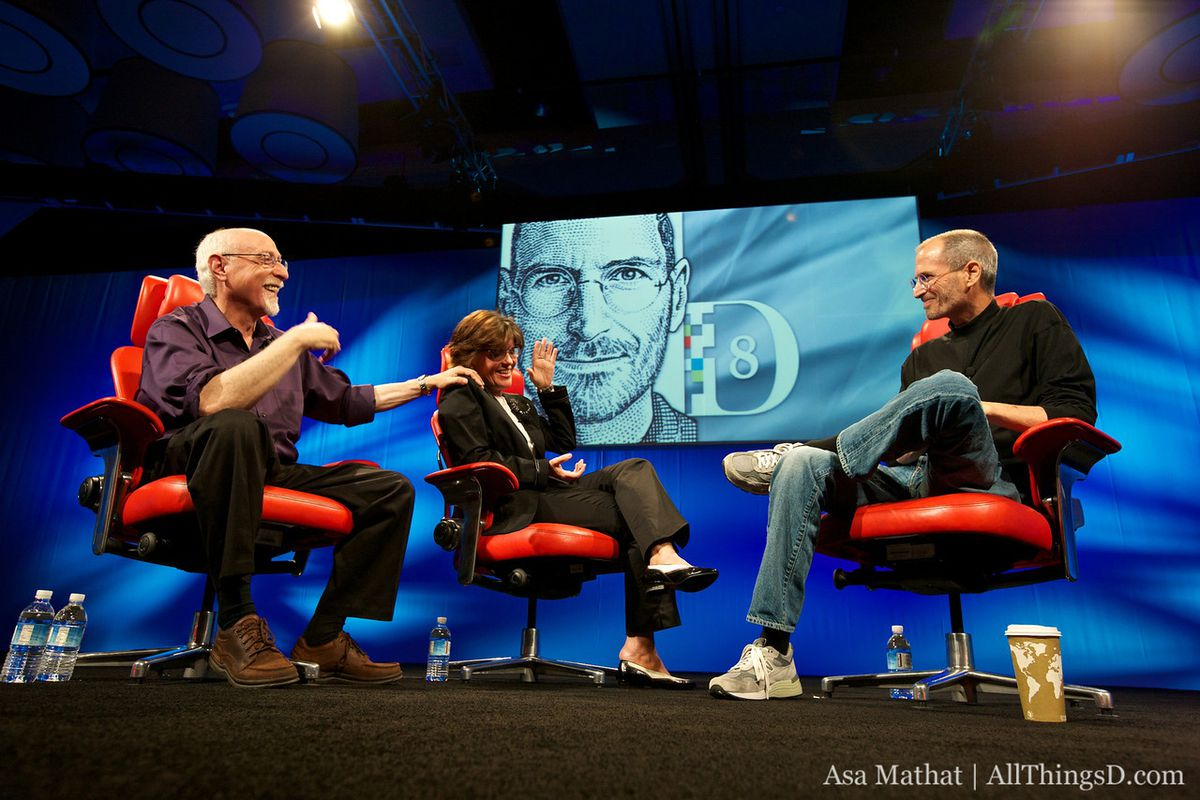 Steve Jobs, Walt Mossberg, and Kara Swisher at the D8 Conference in 2010