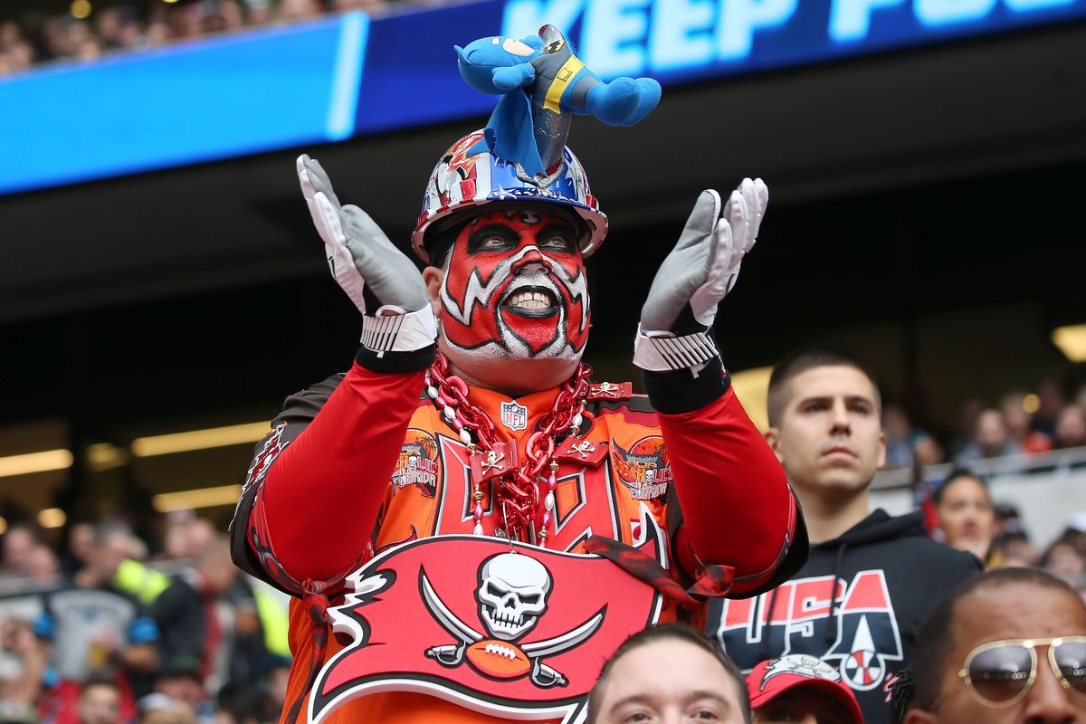 NFL: OCT 13 Panthers v Buccaneers