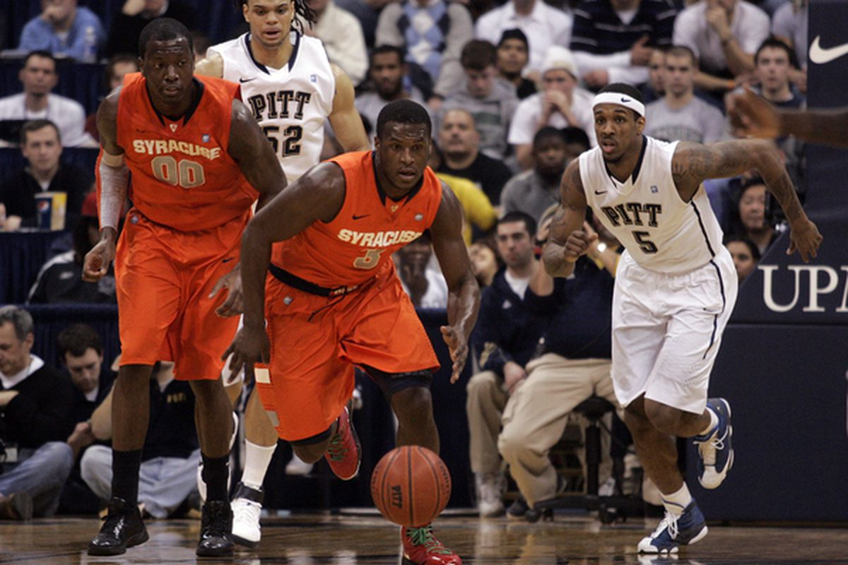 PITTSBURGH PA - JANUARY 17:  Dion Waiters #3 of the Syracuse Orange pursues a loose ball against the Pittsburgh Panthers at Petersen Events Center on January 17 2011 in Pittsburgh Pennsylvania.  (Photo by Justin K. Aller/Getty Images)
