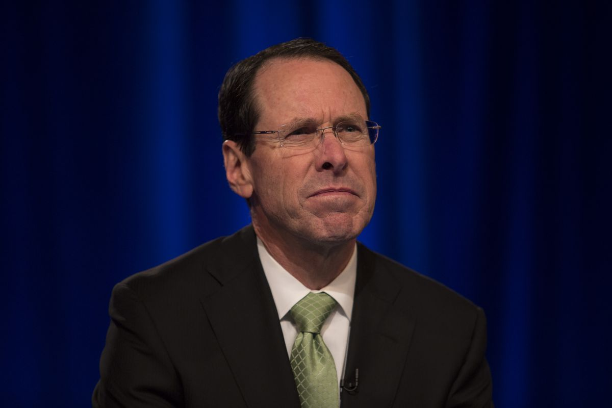 AT&T chief calls for 'Internet Bill of Rights'