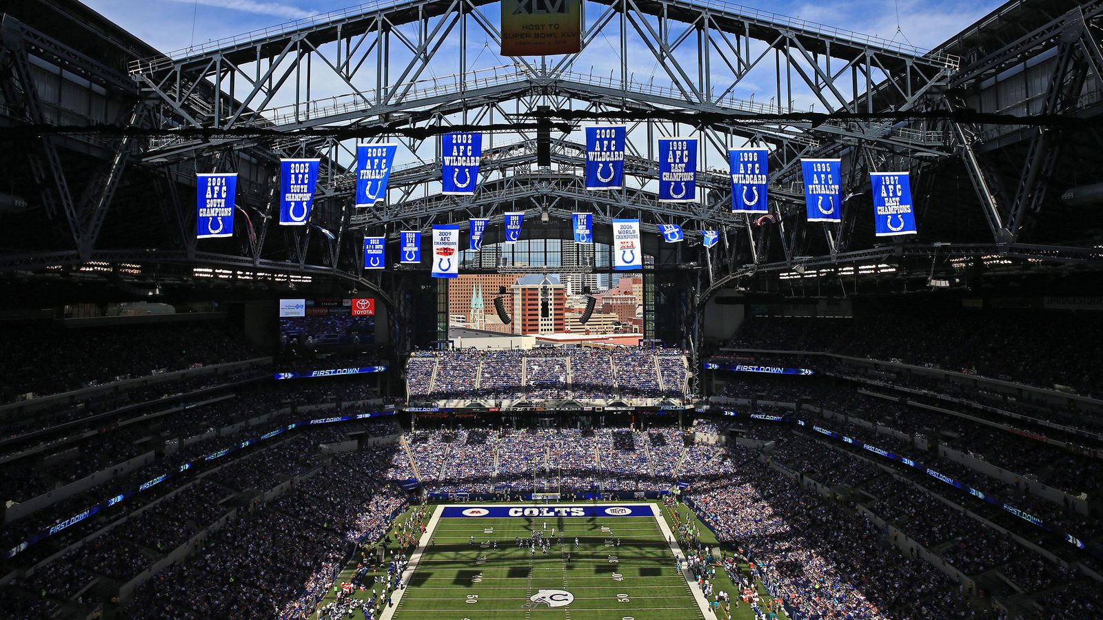 Woman Reportedly Injured By Falling Object As Lucas Oil