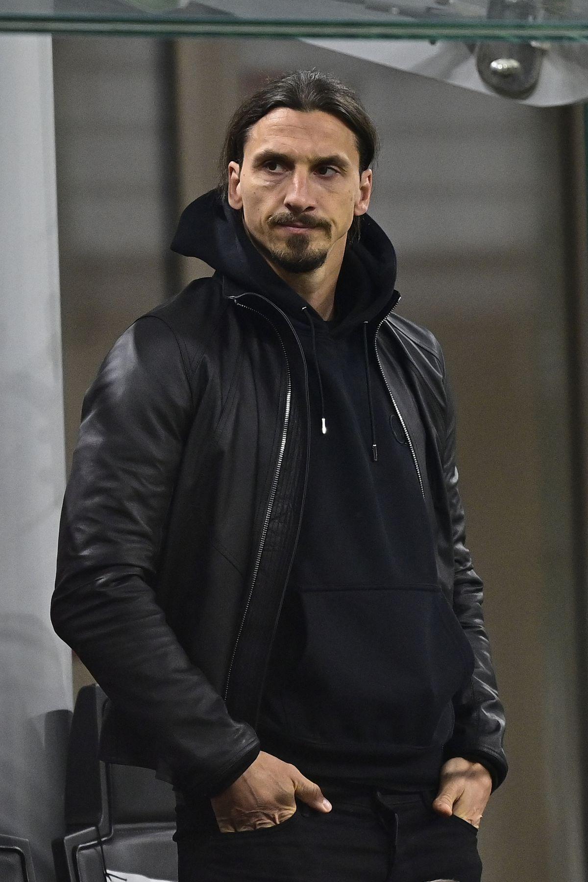 AC Milan v Cagliari Calcio - Italian Serie A