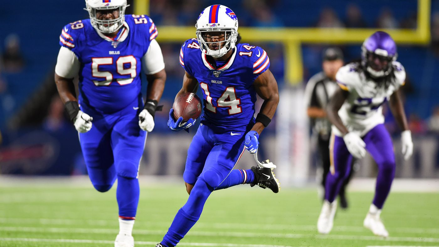Receiver Ray-Ray McCloud tasked with imitating Baltimore Ravens QB Lamar Jackson at Buffalo Bills practice