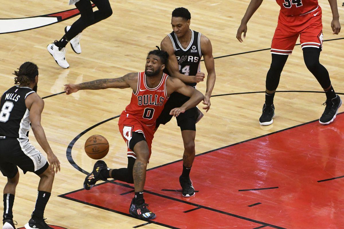 NBA: San Antonio Spurs at Chicago Bulls