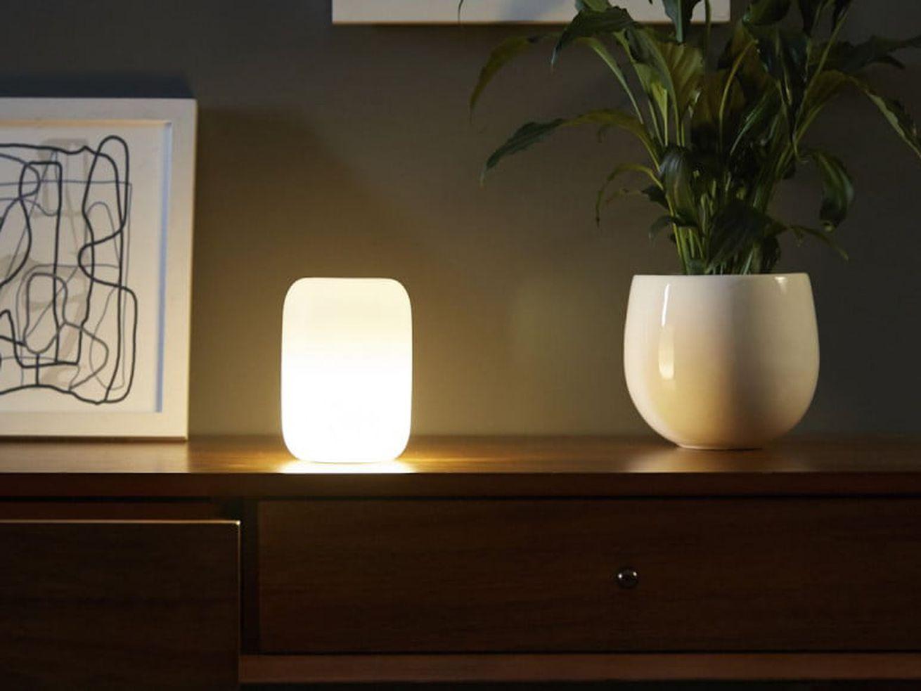 Casper now sells a smart nightlight