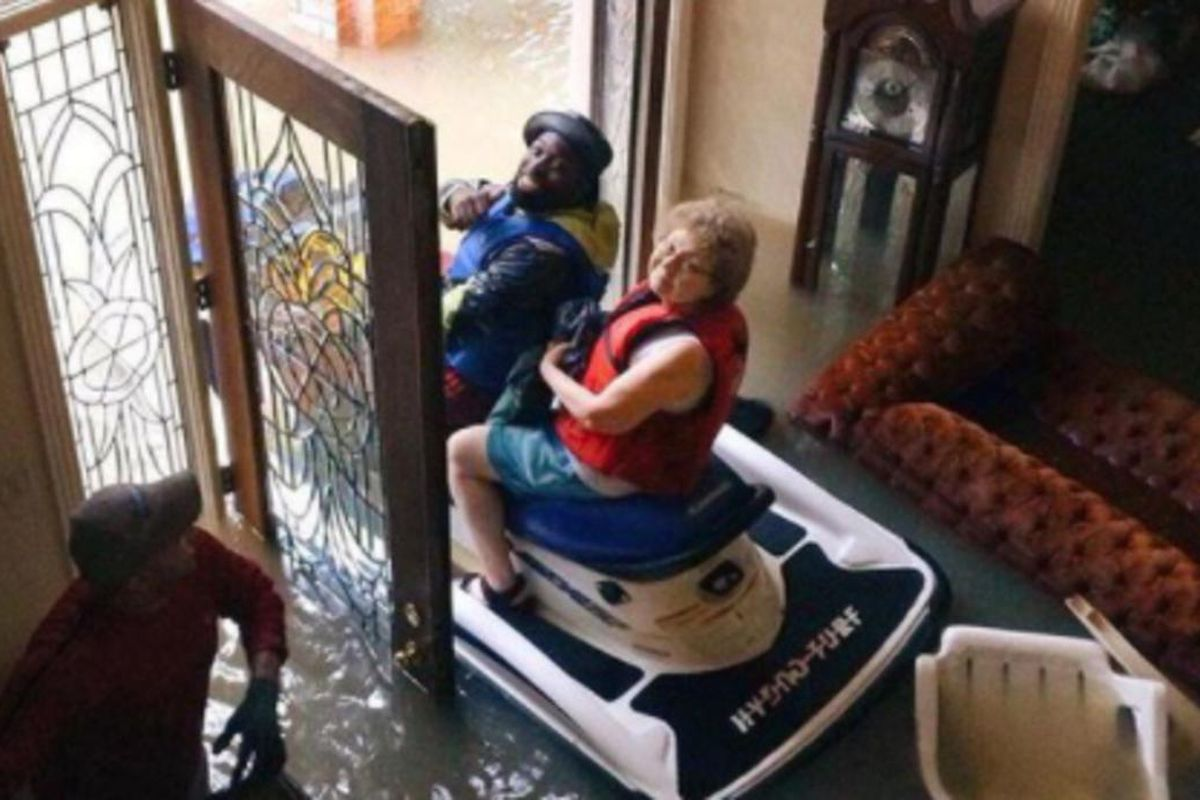 The Texas elderly couple found themselves trapped inside their home after Hurricane Harvey barreled through the state.
