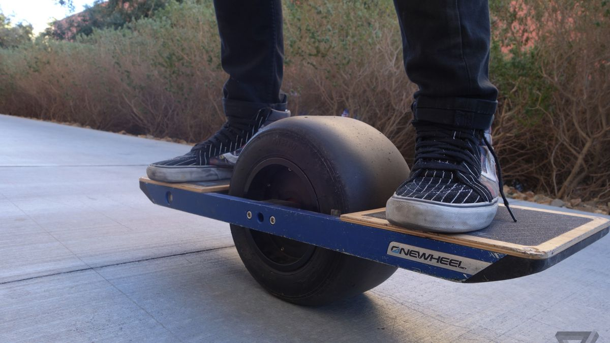 The Onewheel Isn T A Skateboard But It S Still Fun As Hell