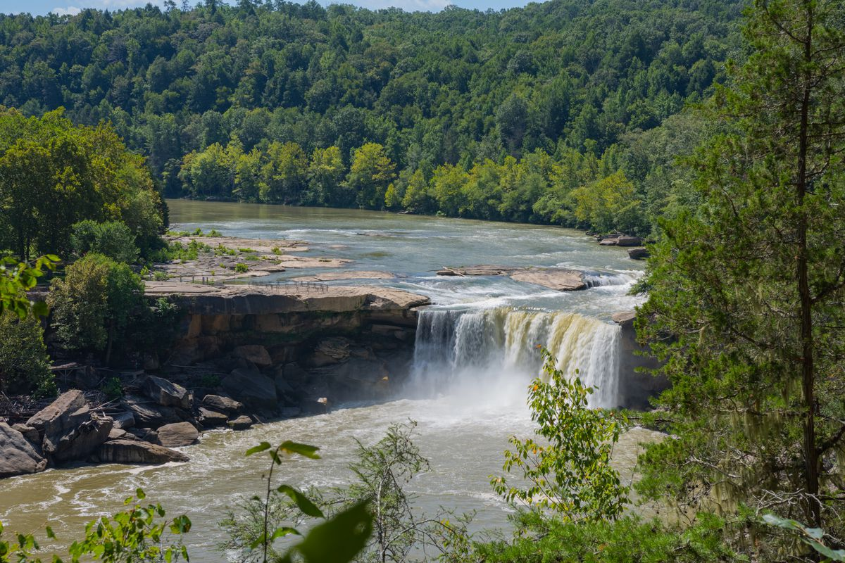 Cumberland Falls, a large waterfall on the Cumberland River in southeastern Kentucky. It is sometimes called Little Niagara, Niagara of the South.