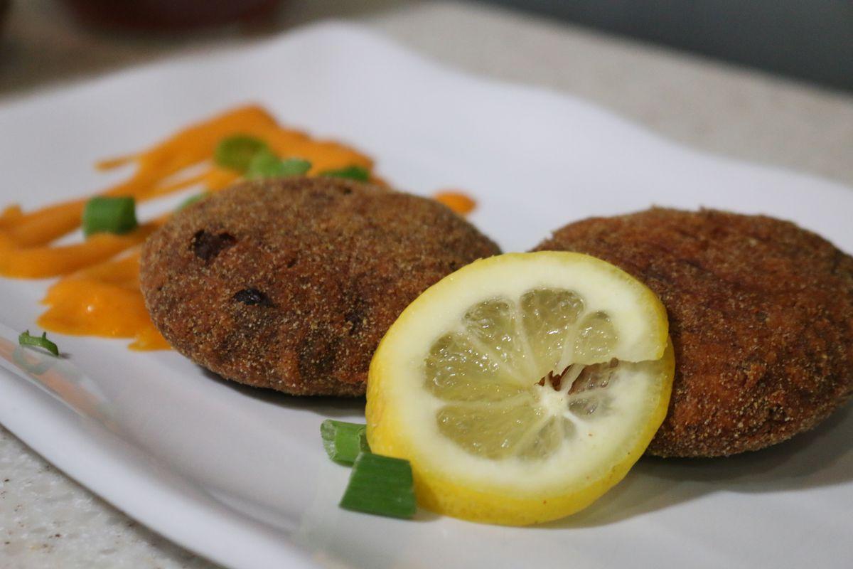 The salmon croquettes at Flammin Restaurant.   Brian Rich/Sun-Times