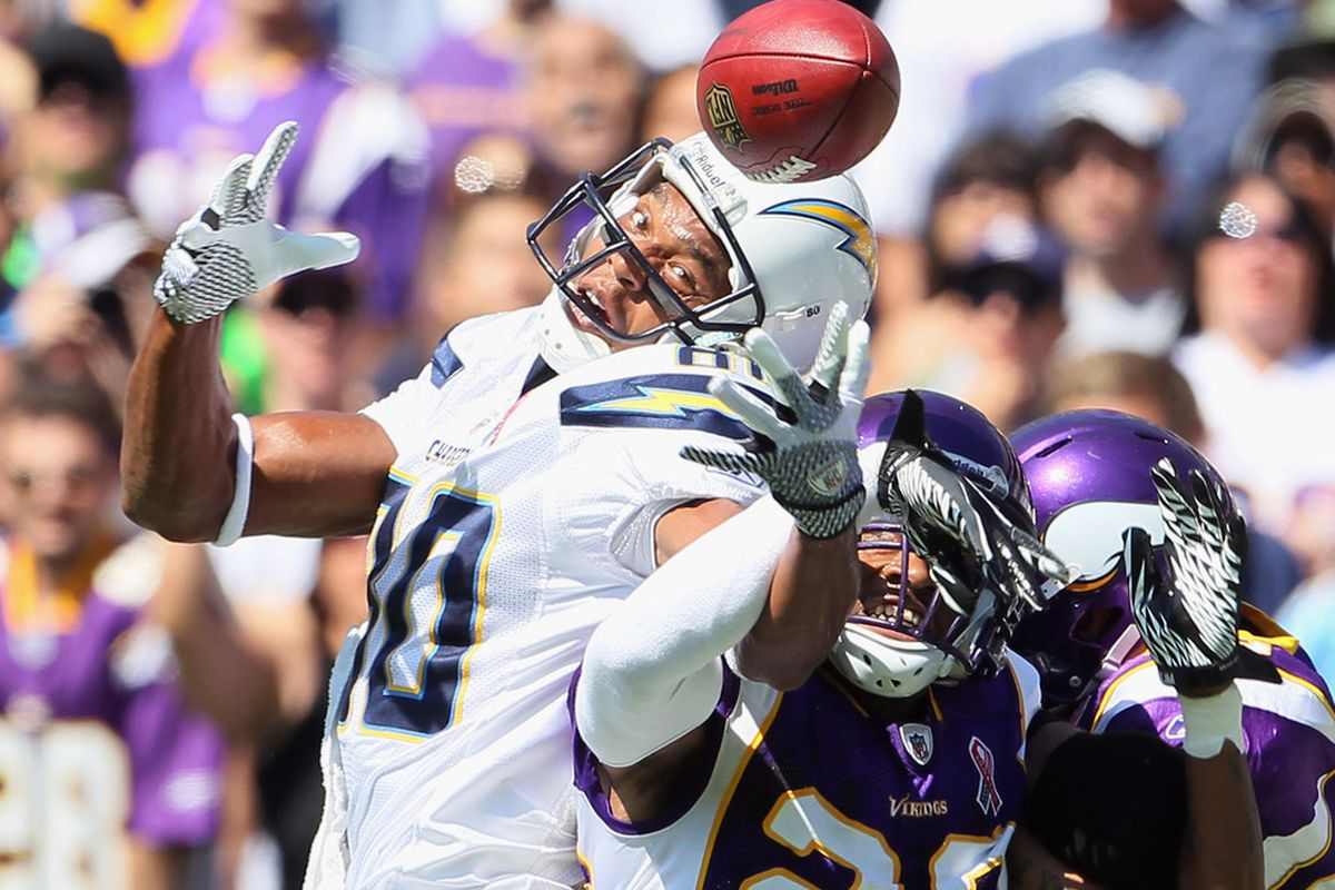Wide receiver Malcolm Floyd #80 of the San Diego Chargers can't hold on to the ball while being defended by Cedric Griffin #23 of the Minnesota Vikings. (Photo by Jeff Gross/Getty Images)