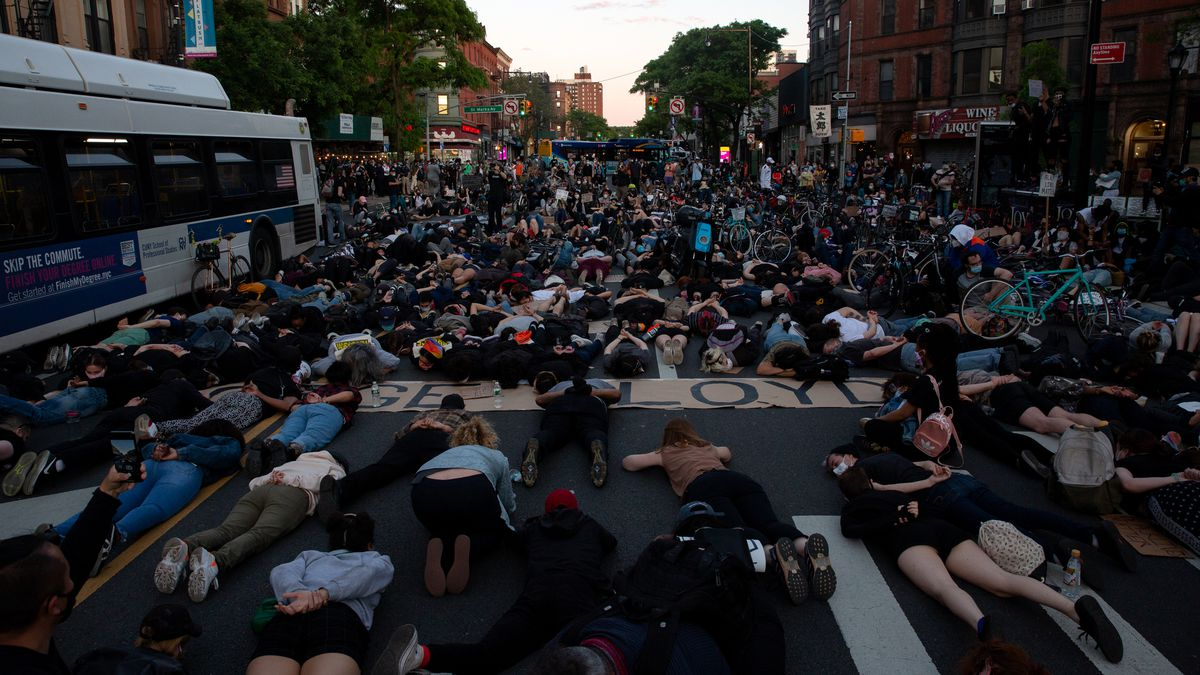 Protesters laid down on Flatbush Avenue in honor of George Floyd.