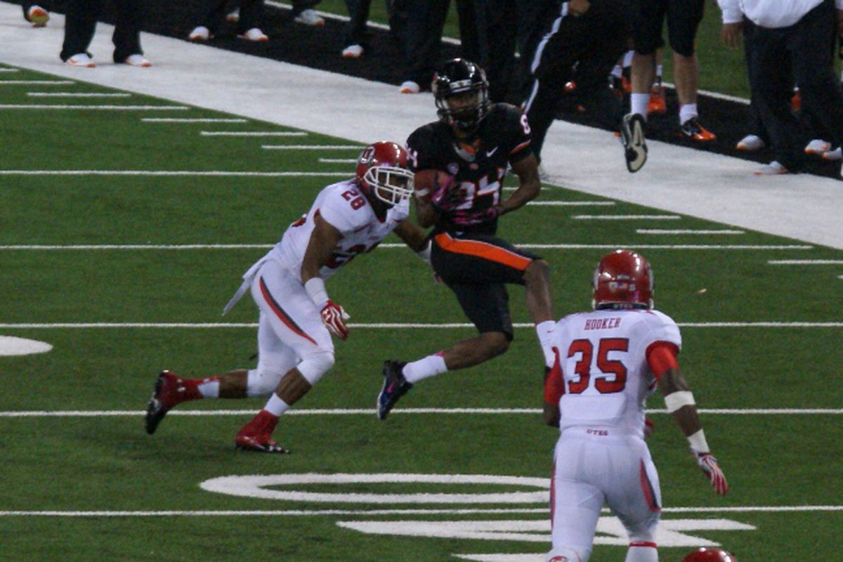 Oregon St. WR Kevin Cummings is out for the season, after wrist surgery.