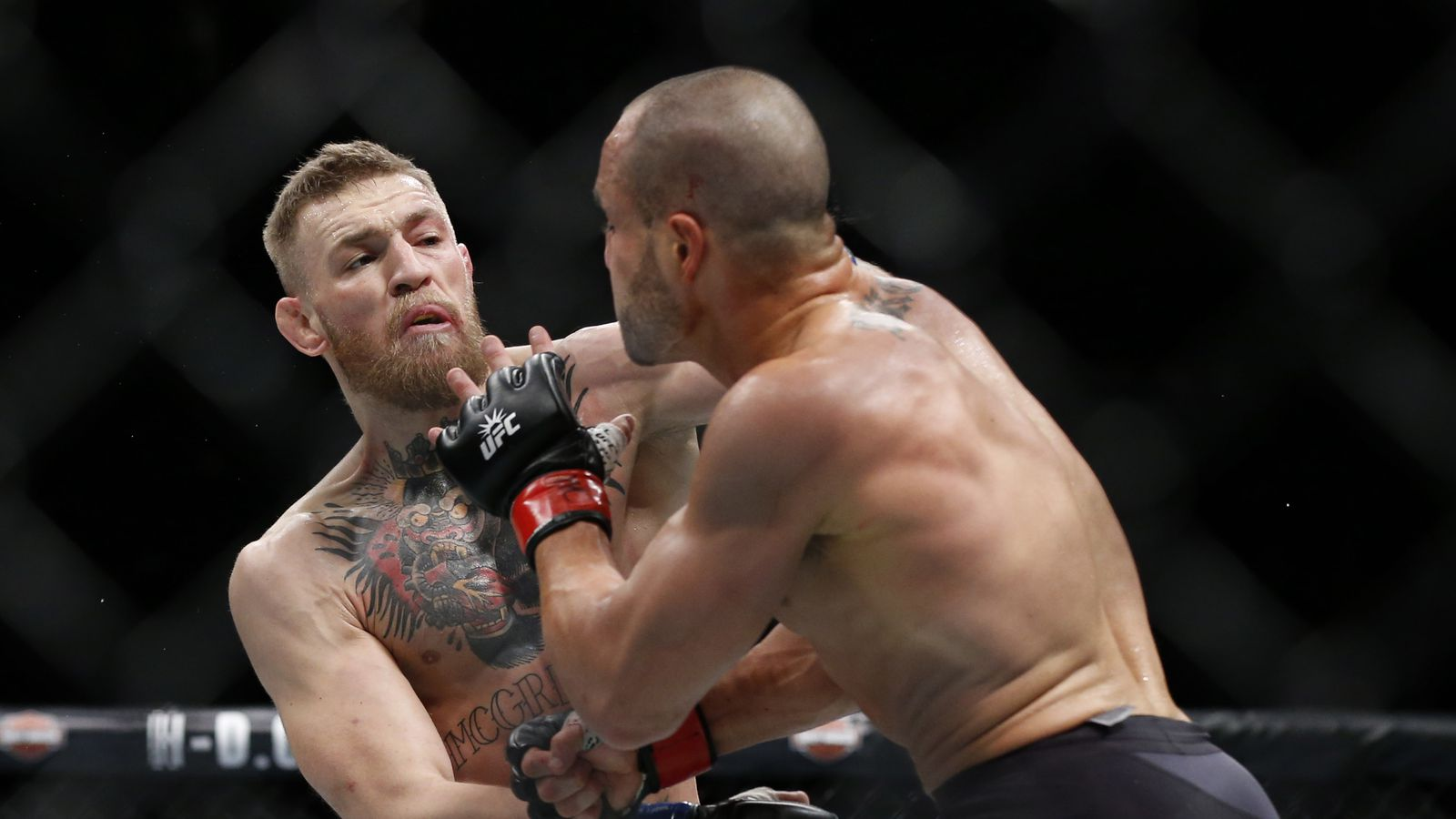 Rogan Talks McGregor Vs. Masvidal: ?That?s A Rough Fight For Conor?