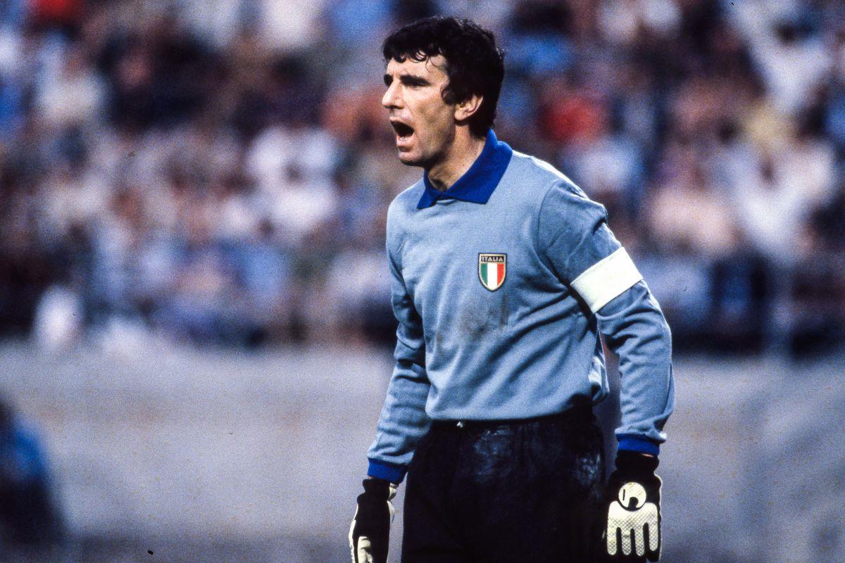 Spain v Italy - European Championship 1980