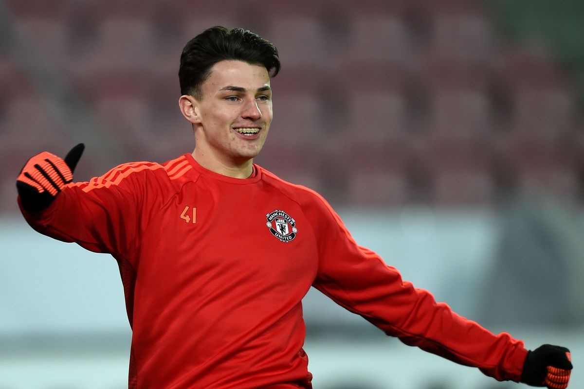 United youngster departs on loan
