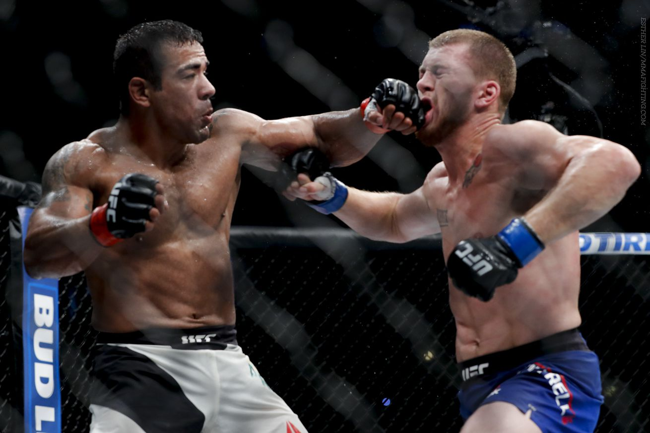 Michel Prazeres (left) won eight straight since a decision loss to Kevin Lee in 2015.