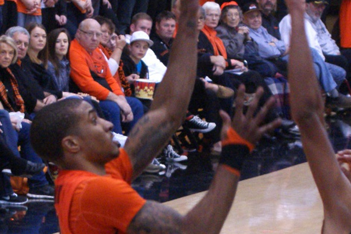 Gary Payton II and the OSU freshmen will face their first D-I test of the year tonight.