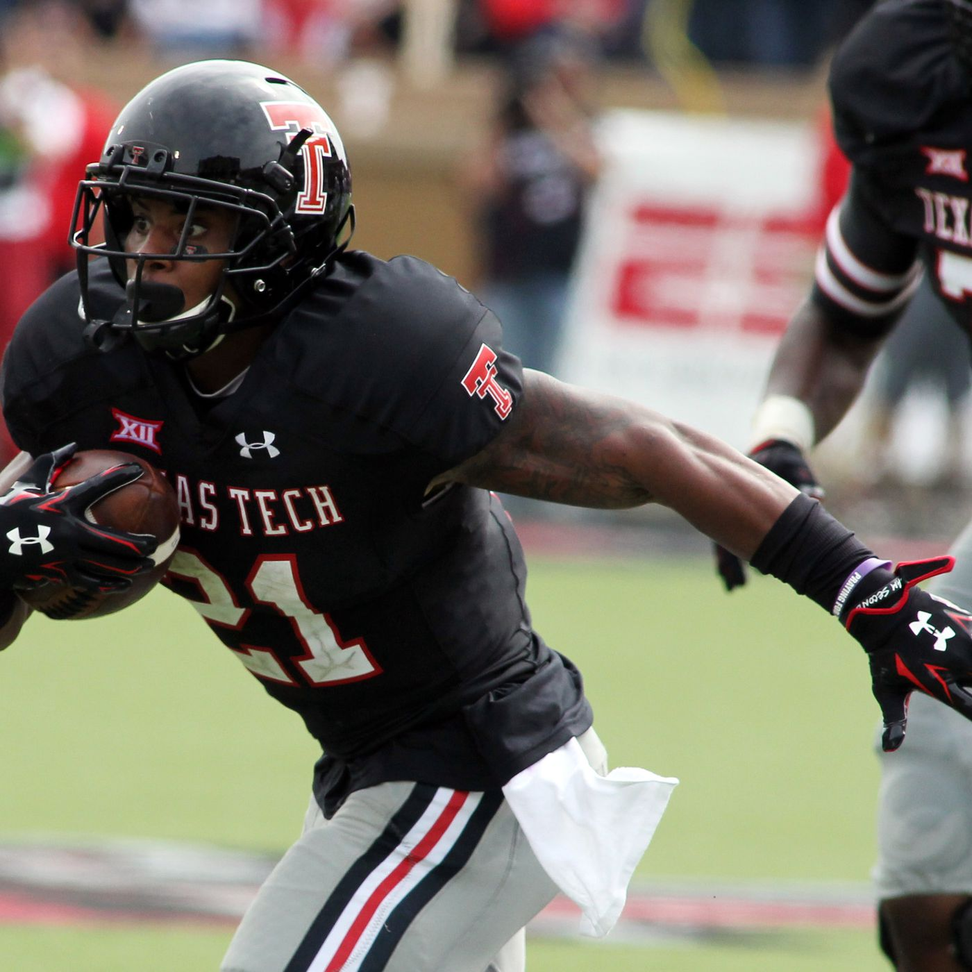 43905589fb1 An Open Letter to Under Armour on Texas Tech s Uniforms - Viva The ...