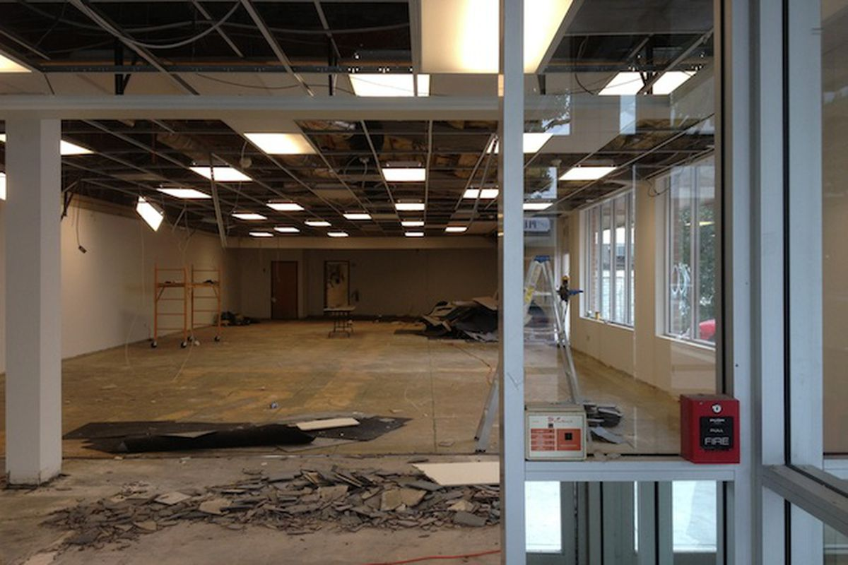 """The Flywheel space in Larchmont. Image via <a href=""""http://www.larchmontbuzz.com/larchmont-village-news/its-confirmed-flywheel-sports-will-fill-former-blockbuster-space/attachment/flywheel2/"""">Larchmont Buzz</a>."""