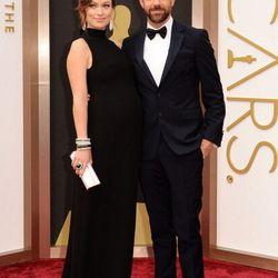Preggers Olivia Wilde in Valentino with her beau Jason Sudeikis.