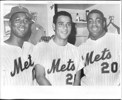 Cleon Jones(left), Amos Otis (center) and Tommie Agee