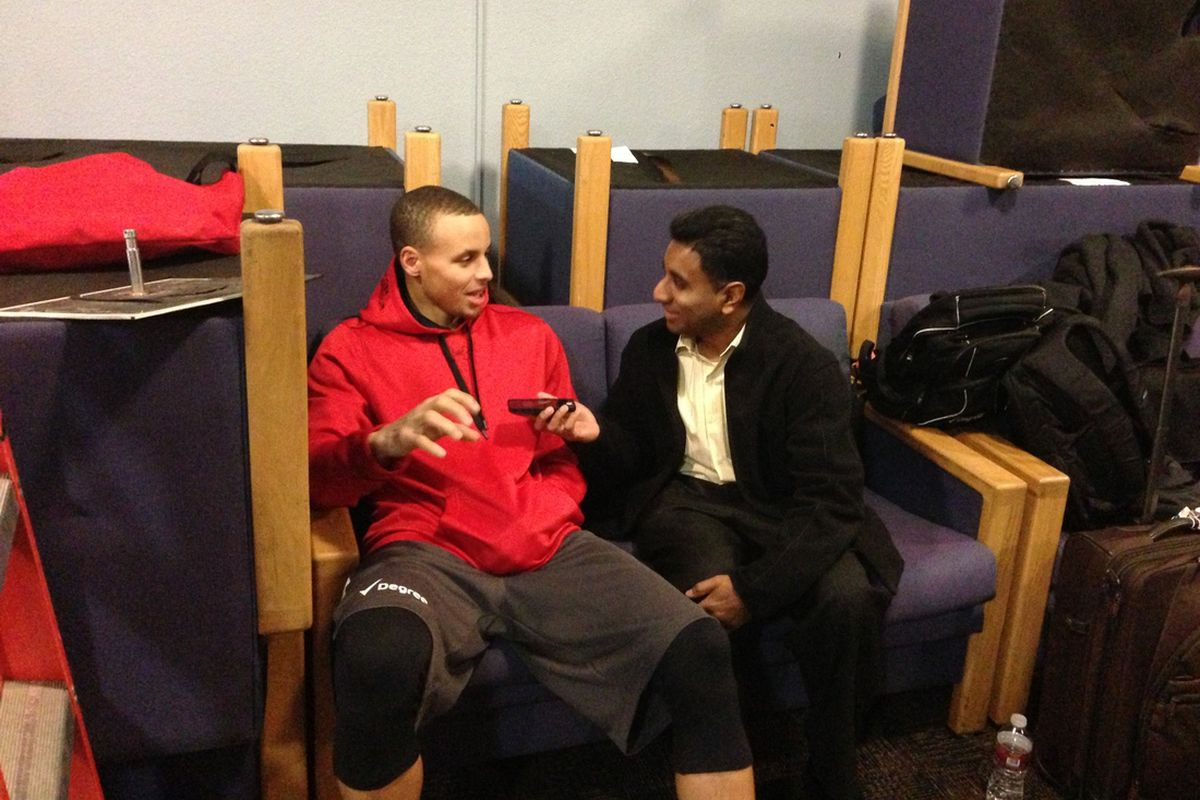 Stephen Curry spends a few good minutes with GSOM.
