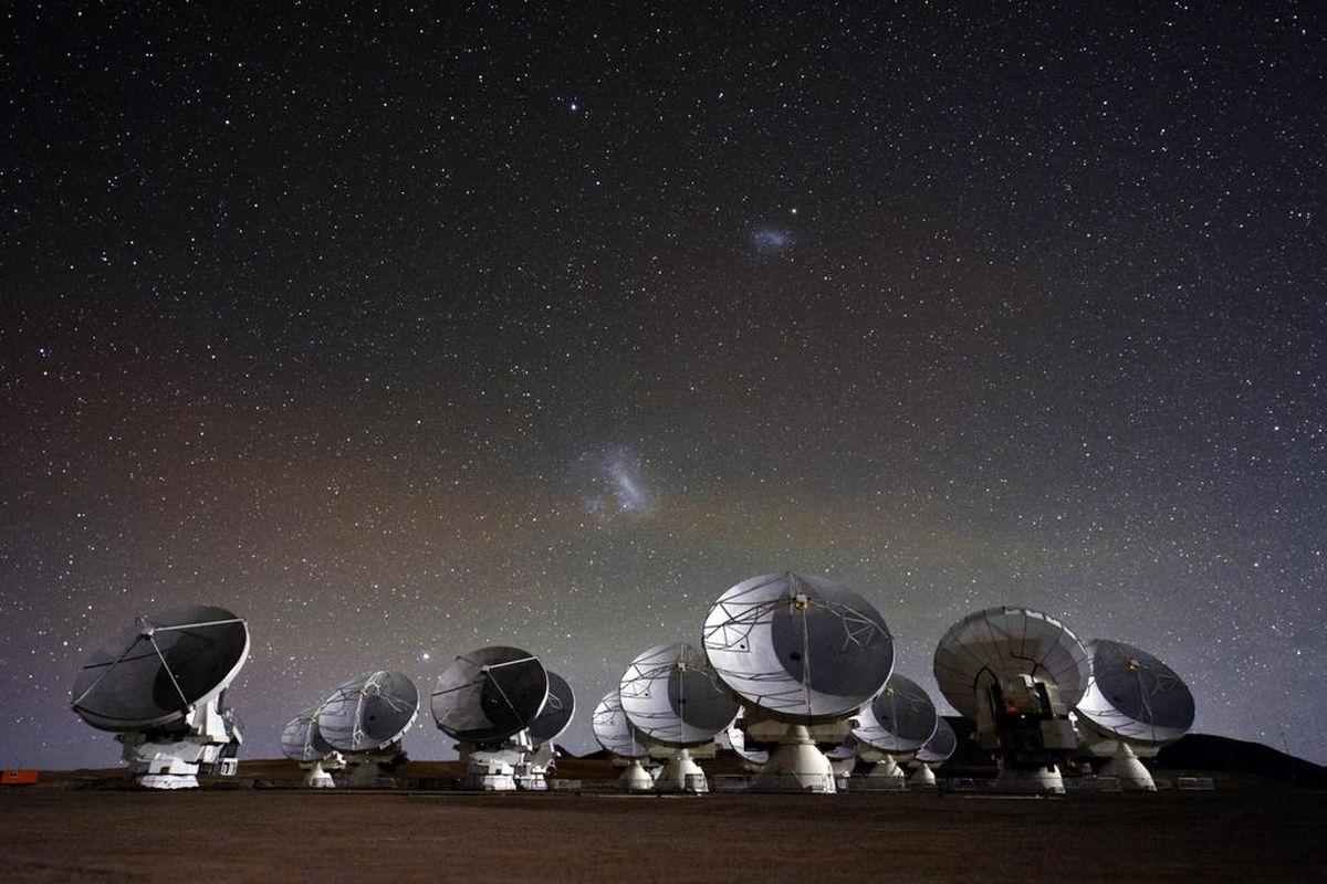 Kết quả hình ảnh cho alma telescope