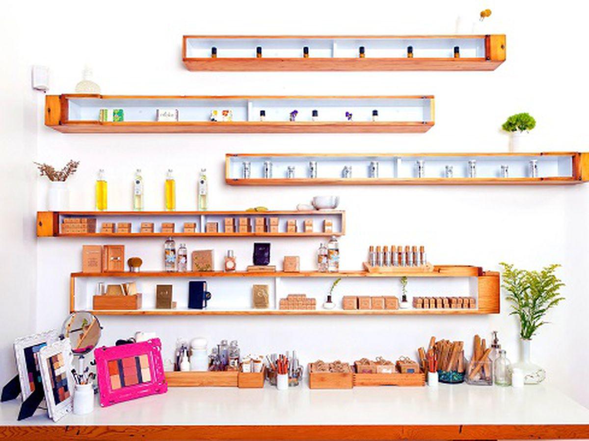 "The organic beauty bar at Old City's Moko. Image credit: <a href=""https://www.facebook.com/mokobeauty"">Moko</a>"